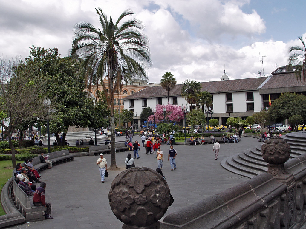 DSC00739 Independence Square Quito Ecuador