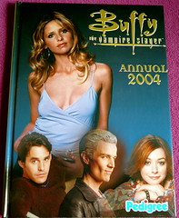 Buffy the Vampire Slayer annual 2004 cover