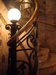 Le grand escalier de la Confiteria del Molino de Buenos Aires