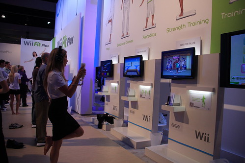 Wii Fit Plus at the Nintendo Booth at E3 2009 (click)