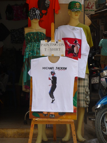 Hand crafted Michale Jackson tshirts, Backpacker area HCMC