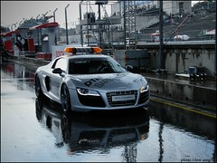 Audi R8 V10 Safety Car (T-low Photography) Tags: auto white black car sport photo und pix fuji nuremberg fine 911 picture safety mc exotic finepix audi dtm weiss rare 2009 supercar schwarz spotting sportscar amg nrnberg r8 sportwagen pkw norisring weis 722 s8000fd tlow carspottinggt