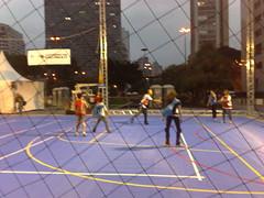 Handebol (Leva na Esportiva) Tags: skate crianas esporte morumbi centrodesopaulo futvolei esportista viradaesportiva futebolnoescuro