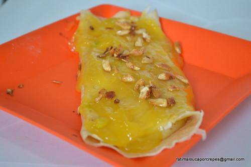 crêpe de abacaxi com calda de laranja e amendoas em flocos by fatimaloucaporcrepes