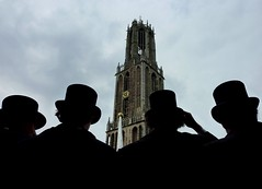 Greeting the city of Utrecht (Frans.Sellies) Tags: utrecht domtoren dom corps usc rector senaat vanlanschot utrechtsstudentencorps utrechtschstudentencorps 39elustrum p1310876 hppener ducovanlanschot barenddenheijer arnoudvanengelen