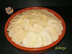 Pollo estofado campesina-cubrir con patatas