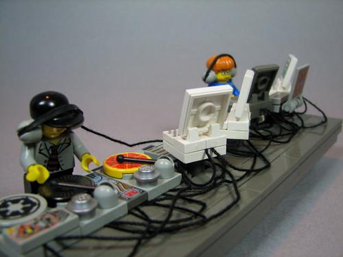 Custom LegoDJ booth and minifig DJs