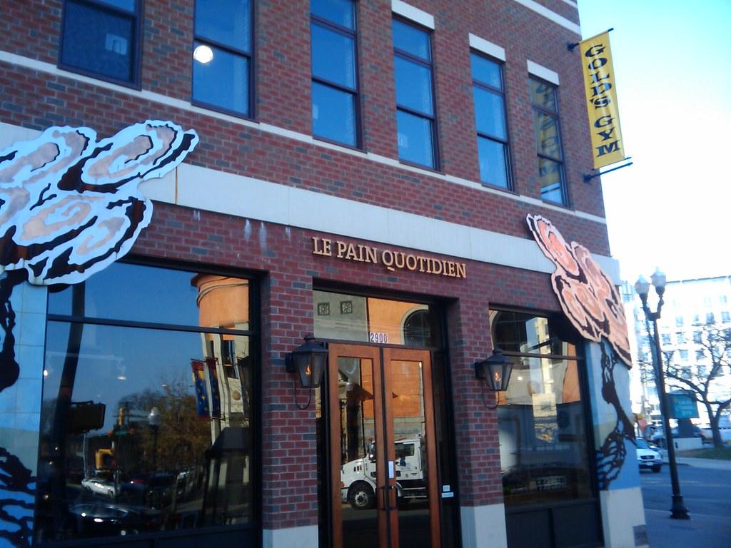 Le Pain Quotidien at 2900 Clarendon Blvd, Arlington, VA
