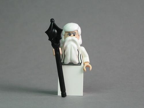 Saruman with BrickForge Sorcerer Staff by Dunechaser.
