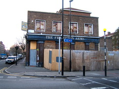 The Frampton Arms (LoopZilla) Tags: london hackney eastlondon deadpubs