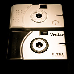 Vivitar Ultra Wide & Slim vs. Superheadz White Slim Angel (Rolf F.) Tags: camera white film analog toy slim rip wide fake wideangle off plastic analogue vivi viv vivitar ultra uws cameraporn ultrawideslim superheadz whiteslimangel blackslimdevil