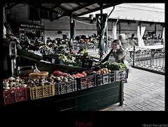 Espera (El Mitico®) Tags: portugal market abril mercado viajes porto ao mes turismo año 2009 oporto mitico elmitico fotoaf tipofoto