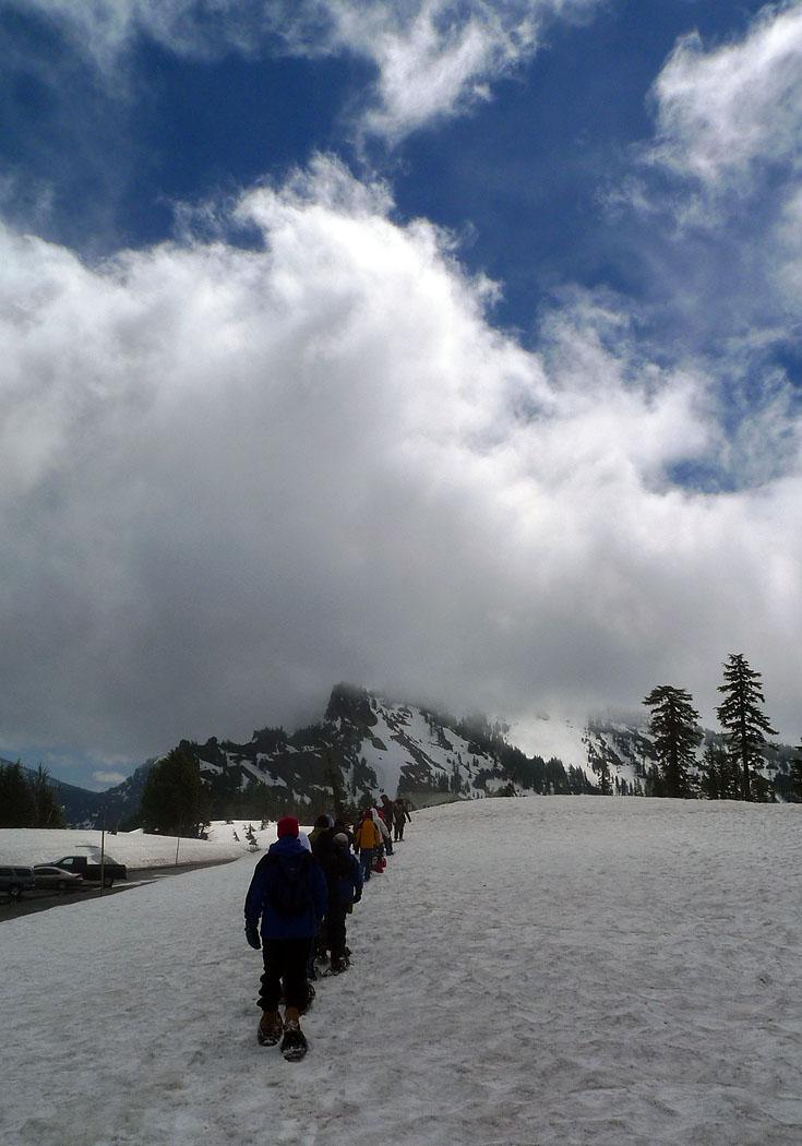 crater lake oregon snowshoe