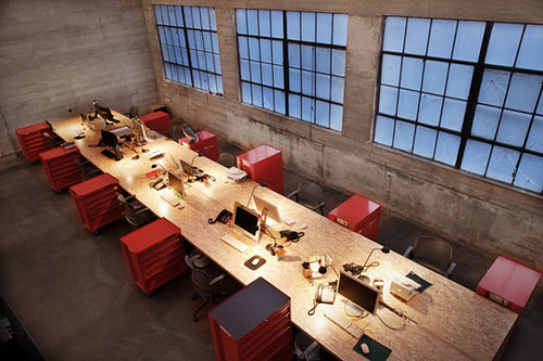 modern industrial graphic design workalicious burnkit industrial office at plastolux 285