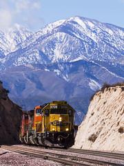 Heading for Barstow (K-Szok-Photography) Tags: california canon outdoors socal canondslr bnsf locomotives cajon railroads atsf cajonpass alltrains movingtrains sbcusa alltypesoftransport aphotographersnature