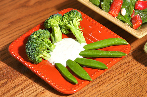 Broccoli, Peas, and Black Pepper Ranch Dip