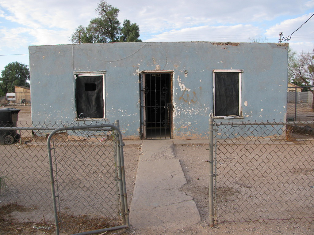 A Shack I Own In Eloy, Arizona // U Wouldn't Wanna Live Here!