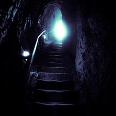 A journey... ([ZicoCarioca]) Tags: light luz stairs photography photo foto photographie image images upstairs photograph entrada salida cave exit entry carioca zico imagery cueva pasadizo lightattheend zicocarioca