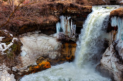 Winter_Falls.jpg (J Gerrit Images) Tags: winter orange cliff brown white snow cold ice water yellow creek canon waterfall sandstone bubbles drop rapids icicle frothy hdr highdynamicrange minnehaha dropoff froth minnehahafalls 2011 icechunk
