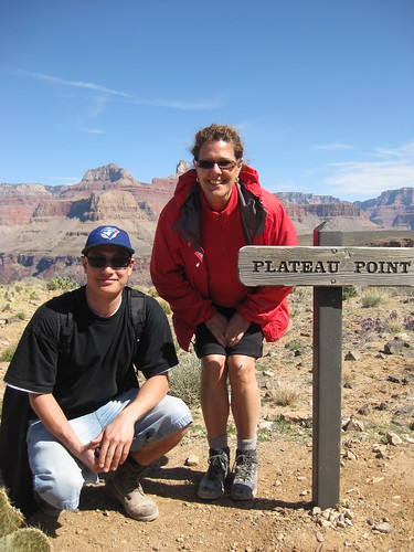 James Fukuhara and Bev Moir at Plateau Point on the Bright Angel Trail, Grand Canyon