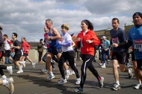 BĚH PRO MANAŽERY: Půlmaraton pro připravené a ostatní
