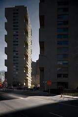 Kelly and Gruzen, Chatham Towers, New York, 1959-65 (rpa2101) Tags: street plaza new york two urban building robert architecture modern composition canon concrete apartment towers bridges moses chatham housing kelly 5d worth 24mm lowermanhattan renewal urbanrenewal tse asymetrical modernhousing gruzen