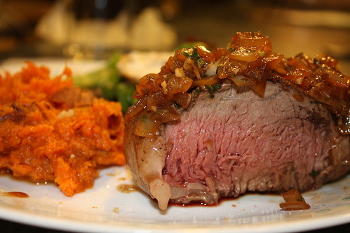 Chateaubriand with Carmelized Onion Pan Sauce