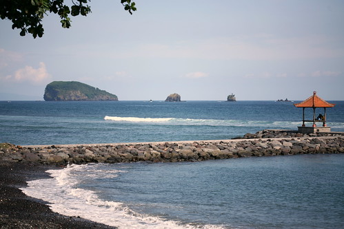 the 3 islets