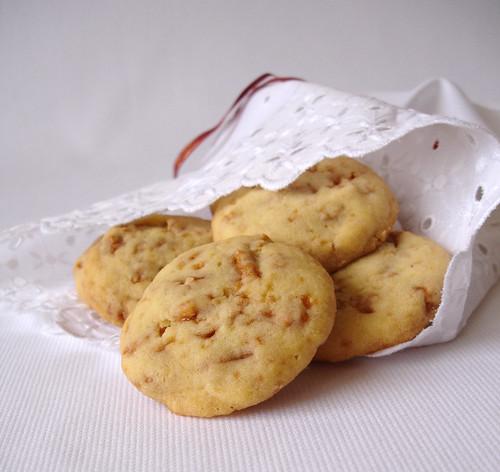 Dutch caramel cashew cookies / Cookies com praliné de castanha de caju