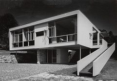 Rose Seidler House, Wahroonga, Sydney, 1951 / photographed by Marcel Seidler