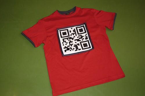 Velcro QR code T-shirt