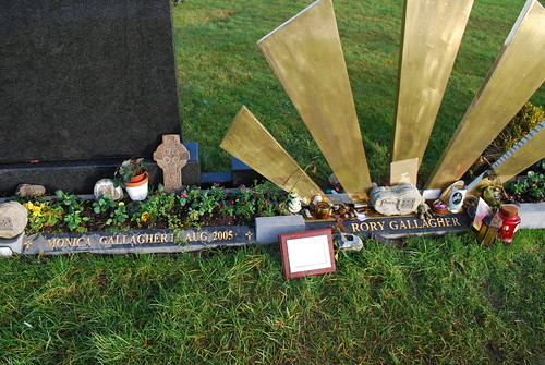 Rory Gallagher's grave, Jan 2009