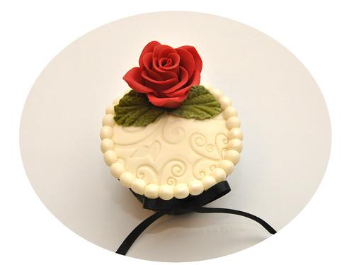 Mother's Day Throwdown - Rose Cupcake