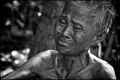 zoriah_photojournalist_war_photographer_AIDS_in_asia_20041129_9502 (Zoriah) Tags: photography photo cambodia photographer aids hiv photojournalism documentary vietnam phnompenh siemreap sida hivaids reportage photojournalist zoriah asia acquiredimmunedeficiencysyndromeimage