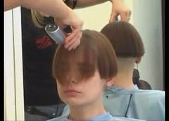 bob - 2009-06-02_110623 (bob cut) Tags: ladies haircut hair bob short razor