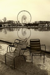 Winter in Paris (Gilderic Photography) Tags: park city winter people paris france cold reflection ice water fountain monochrome wheel sepia garden circle lumix mono frozen europe mood seat hiver jardin grand panasonic concorde obelisk ferriswheel tuileries fontaine parc froid ville siege cercle roue obelisque superaplus aplusphoto platinumheartaward dmctz4