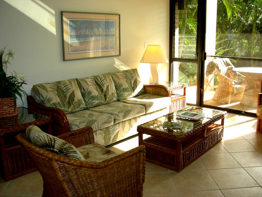 Kamaole Sands 9-105 Living Area