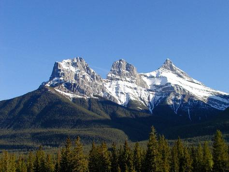 p151693-Canmore-Three_Sisters
