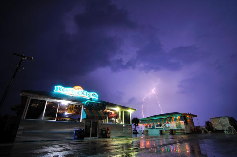 pier_lightning_0043