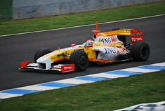 DSC_3047 (miguelo282) Tags: red india kimi 1 williams mark nick hamilton lewis ferrari bull renault toyota bmw formula fernando adrian alonso trulli raikkonen nakajima carreras jerez circuito kazuki jarno heidfeld sutil escuderas mclarenforce qebber