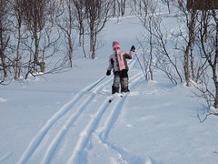 Eirin skiing down the hill