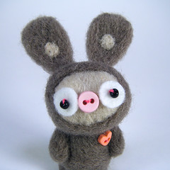 Peever (Kit Lane) Tags: brown bunny wool felted felting felt needlefelting needlefelted kitlane
