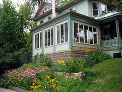 Side Porch (pdx3525) Tags: iowa davenport 2008 quadcities davenportiowa scottcounty eastdavenport scottcountyiowa prospectterracedavenport
