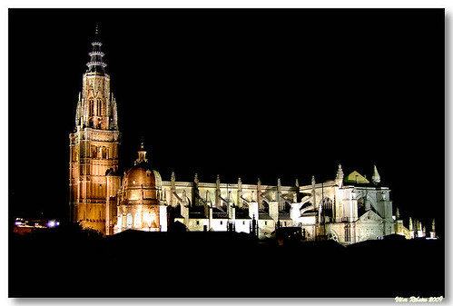 Toledo_catedral_night01