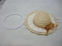 Cor Branco Dourado (Jamila_crochs) Tags: cores galinha handmade pano crochet artesanato morango prato vestido galo chapu gallina colorido croche suporte sombreto panocopa