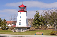 Prescott Heritage Vistors Centre from the docks 1 (Maureen Littlewood) Tags: lighthouse prescott stlawrenceriver visitorcentre