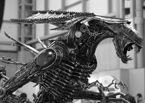 Aliens Robosteel Sculpture