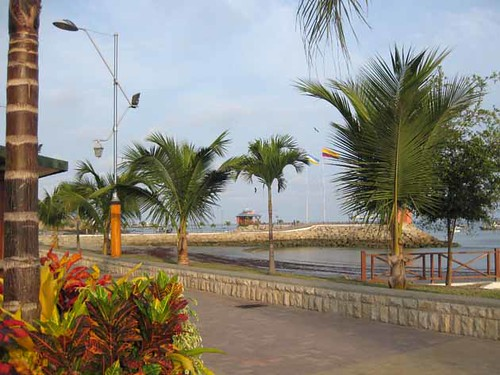 Ecuador-beach-salinas