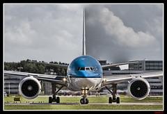 KLM B777-206ER PH-BQG (lucis) (Carlos F1) Tags: klm royal dutch airlines ams aircraft airplane airliner avion aeronave heavy spotter spotting d300 nikon boeing b777 777 seven t7 eham schippol b777206er phbqg b777200er b777200 777200 777206er holland lucis lucisart art airline trasnporte transport transportation aviacion aviation transporte planespotter