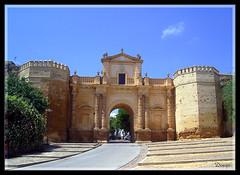 Puerta de Crdoba (Doenjo) Tags: espaa geotagged sevilla andaluca pueblos carmona pentaxoptio33l doenjo